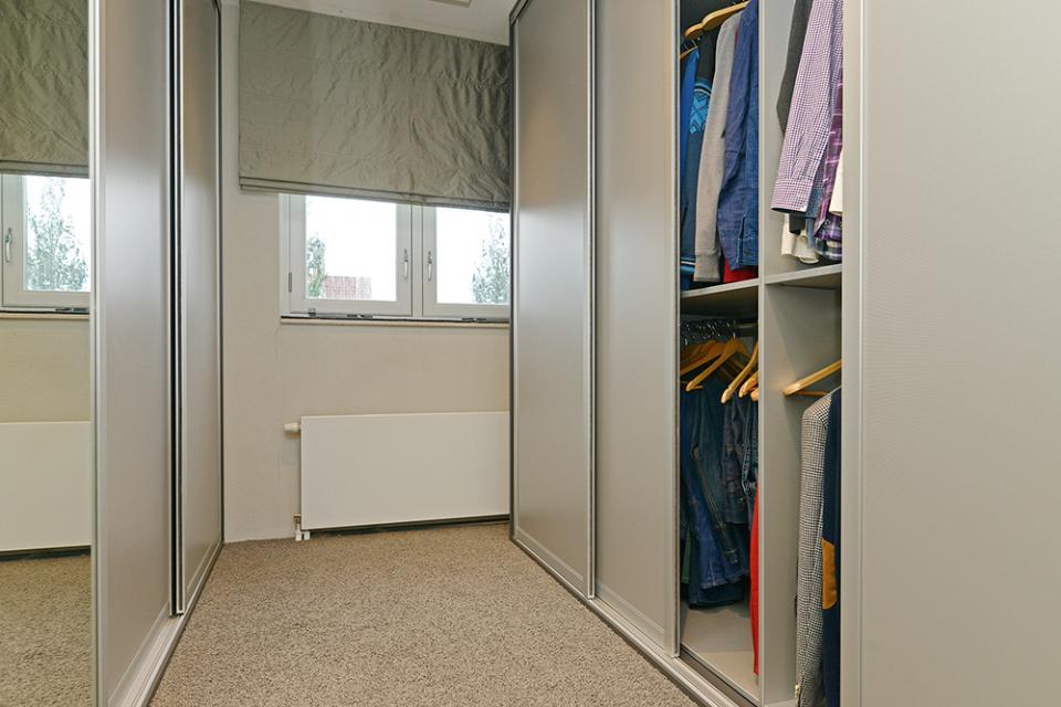 Inbouwkast in een kleine ruimte - Outs kleine ruimte ...